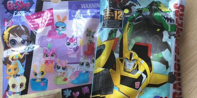 Transformers Tiny Titans and Littlest Pet Shop series 4 blind bags